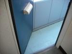 ※注意:玄関と共用廊下の間の幅=狭(冷蔵庫[大]・洗濯機が通らない程度)